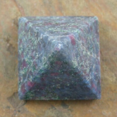 25mm Ruby Zoisite Pyramid