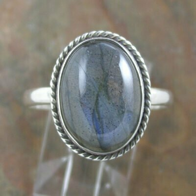 Sterling Silver Oval Labradorite Ring